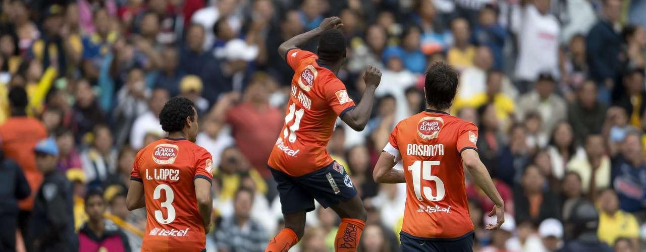 Monterrey pegó primero (15') luego de un inocente penal cometido por Aquivaldo Mosquera; cobró Walter Ayuví.