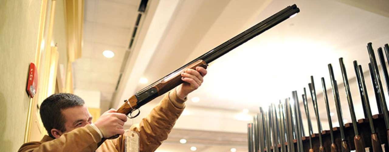 El Centro Legal de Prevención de Violencia con Armas, con sede en San Francisco, pugna a favor de que leyes más estricticas para la posesión de armas en territorio norteamericano.