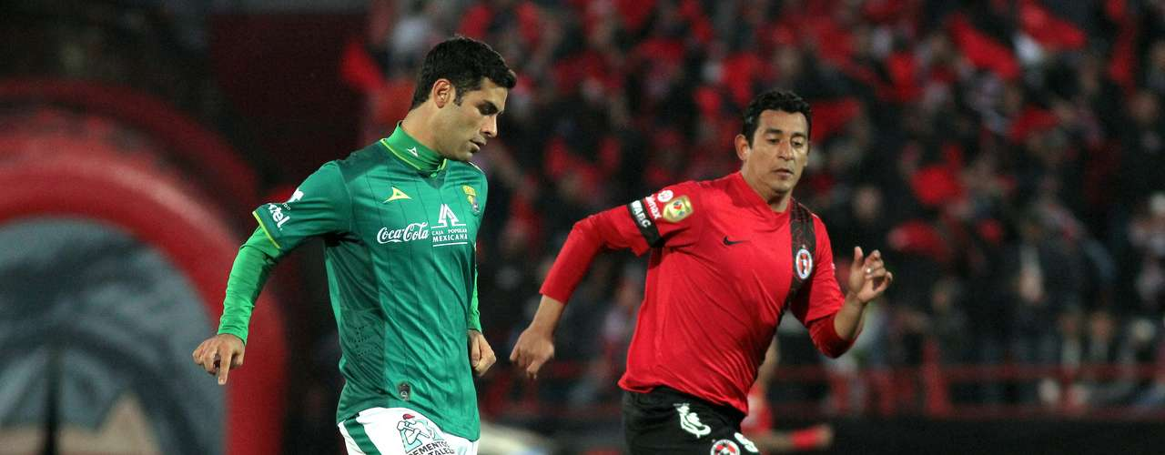 Rafa Marquez (left) could not provide Leon with a spark.