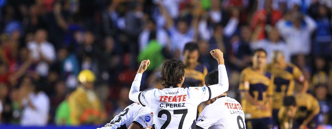 Querétaro beat Pumas 2-1 at La Corregidora.