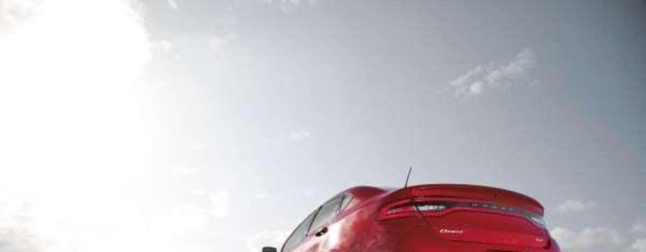 Foto Dodge Dart GT 2014