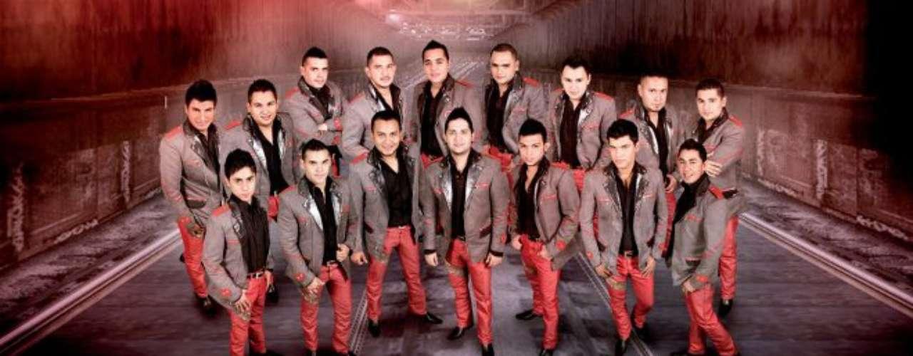 La Banda Carnaval promociona con fuerzas su recién estrenado sencillo \