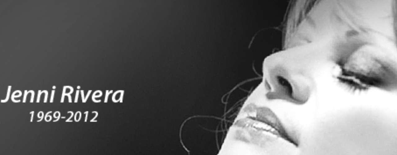 Con esta imagen, publicada en la página web de Universal Music, la disquera rinde tributo a Jenni Rivera, quien dejó este mundo de manera trágica, dejando un vacío en la música regional mexicana y profundo pesar en sus familiares y fanáticos.