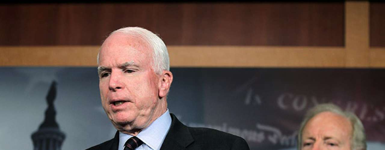 Republican senator and former presidential candidate, John McCain, joined the NRA statement after denying that Congress will approve the prohibition of the sale of assault rifles.