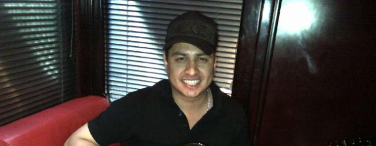 Julión Álvarez arranca el 2013 con una serie de conciertos en México que inician el 15 de enero en Chiapas, para seguir hacia León, Guanajuato (19 y 20), Tepetlixpa (25) y Zacatecas (27).