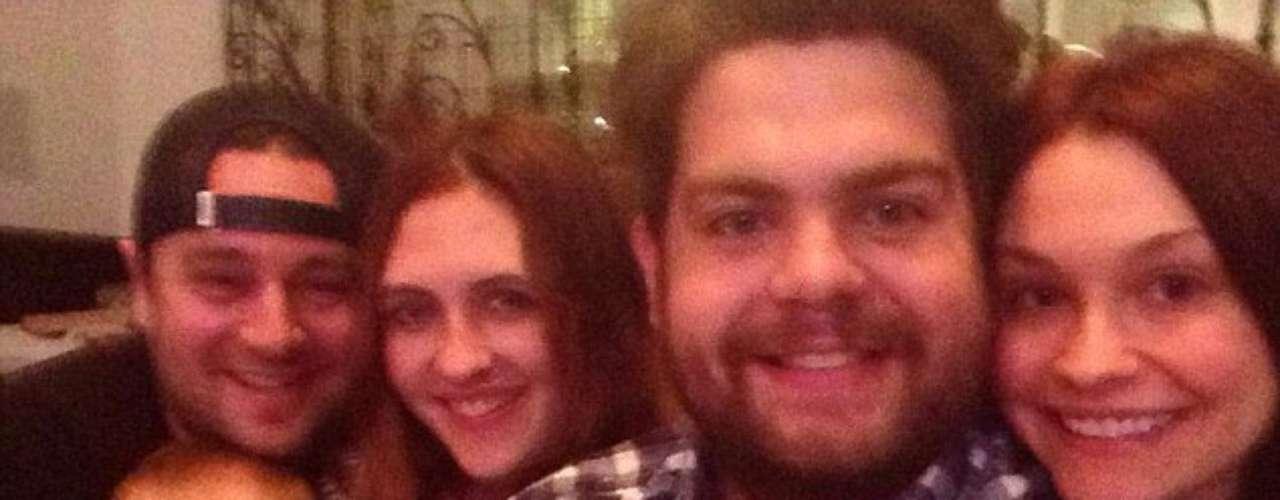 Jack Osbourne y su novia, Lisa Stelly, dieron la bienvenida a su hija Perla en abril de 2012.