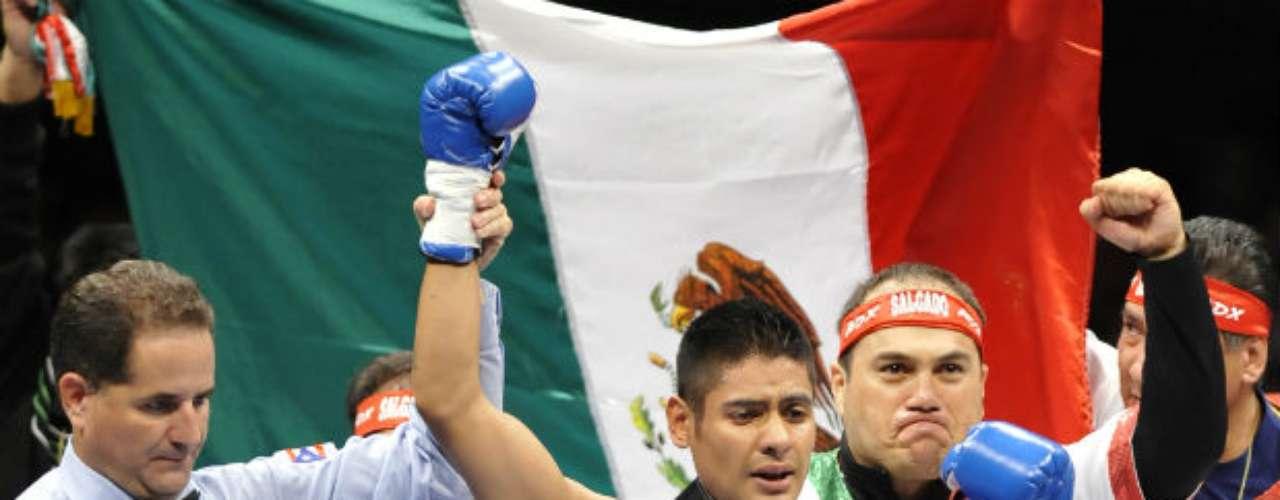 En el organismo de la FIB, el mexicano Juan Carlos Salgado es el actual campeón con un récord de 26 triunfos por una derrota, un empate y un 'no contest'.