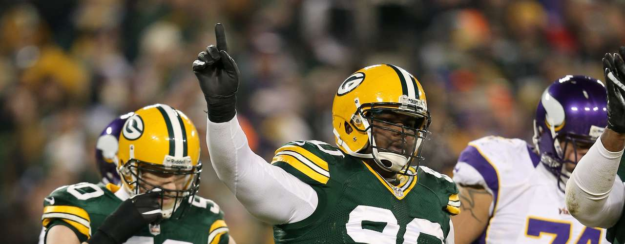 B.J. Raji (Packers): Si los oponentes no superar a Pickett, pueden probar al 'menor' Raji, quien pesa152,861 kilos.