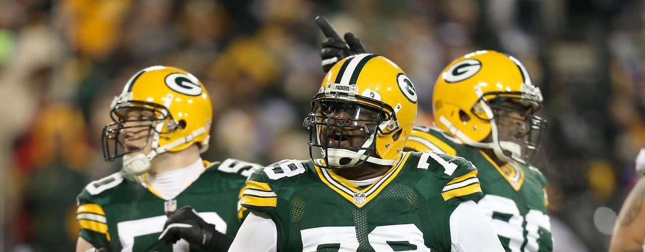 Ryan Pickett (Packers):  El tackle defensivo de los Packers forma una pared a 153.314 kilos.