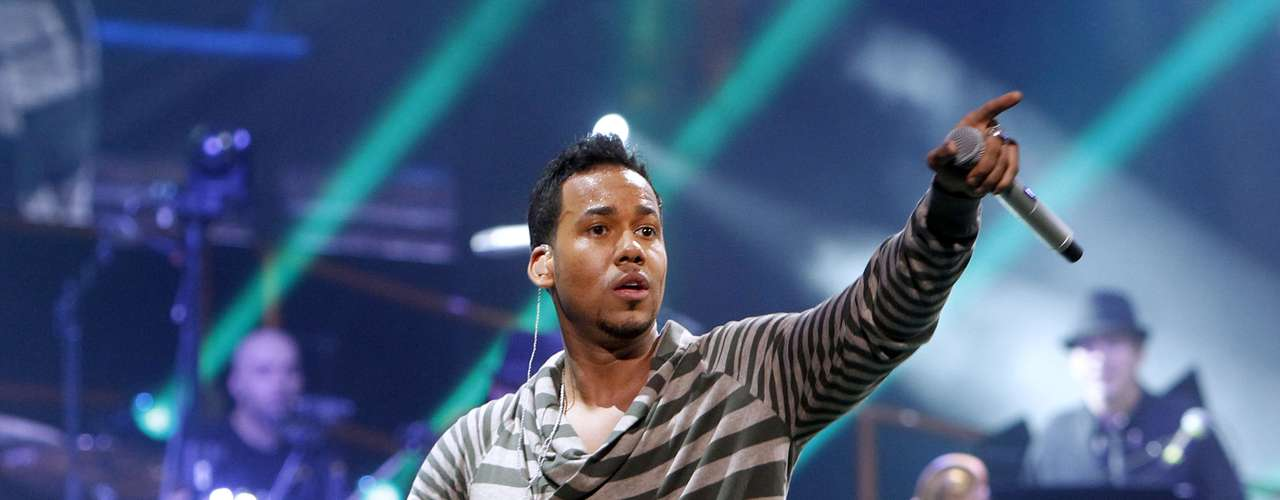 Romeo Santos was among the first round of artists confirmed to perform at this year's Premio Lo Nuestro. The King of Bachata is popular favorite, not only did he have the best selling Latin album of 2012 but he's also up for some major awards at Premio Lo Nuestro like Artist of the Year, Song of the Year and Best Male Artist. Other performers announce including Latin Grammy award winners Jesse & Joy, Carlos Vives and La Arrolladora Banda El Limón. Premio Lo Nuestro will air on Feb. 20.