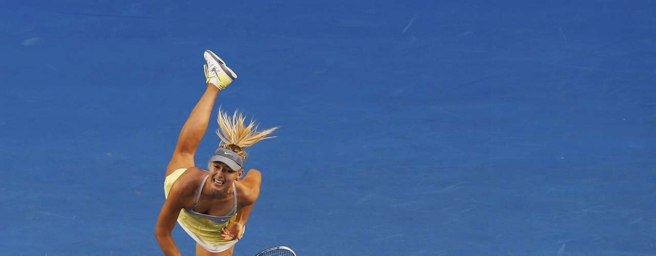 Sharapova ended the match with an ace. REUTERS/Tim Wimborne
