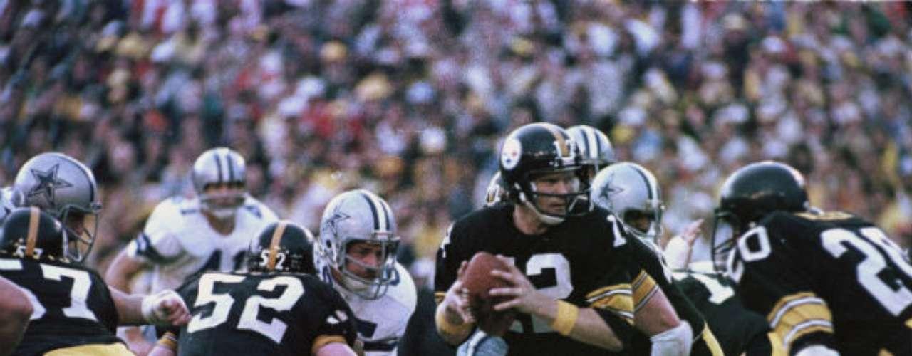 La edición XIII se la llevarían los Pittsburgh Steelers que derrotaron en un gran duelo a 35-31 a Dallas Cowboys.