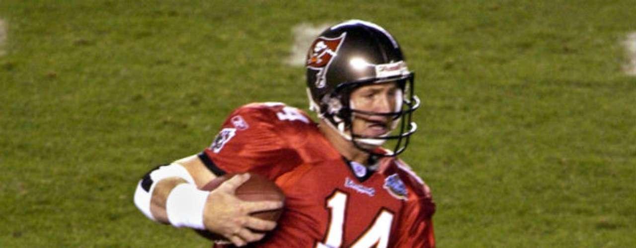 Tampa Bay conseguiría su primer y hasta ahora único Super Bowl al superar  48-21 a Oakland Raiders en la edición XXXVII.