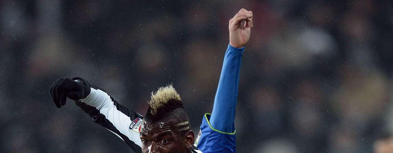 Con una gran actuación del francés Paul Pogba, Juventus dio cuenta del Udinese por pizarra de 4-0, para llegar a 48 puntos y consevar la cima de la Serie A italiana