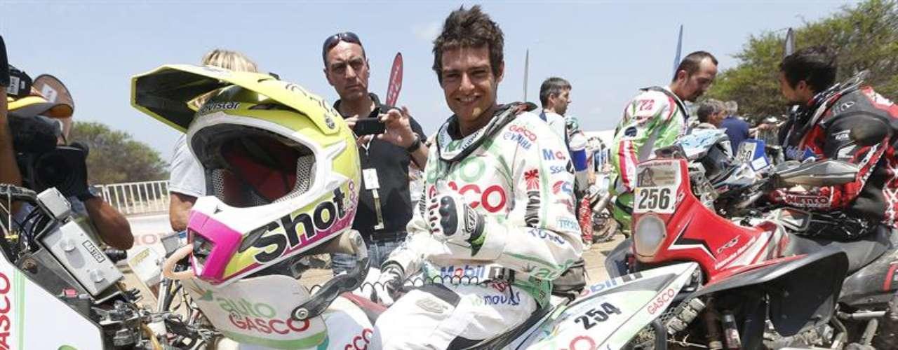 Los pilotos de todas las categorías celebraron haber cumplido el recorrido del certamen de la edición 2013, en la llegada de la etapa 14 en Limache.