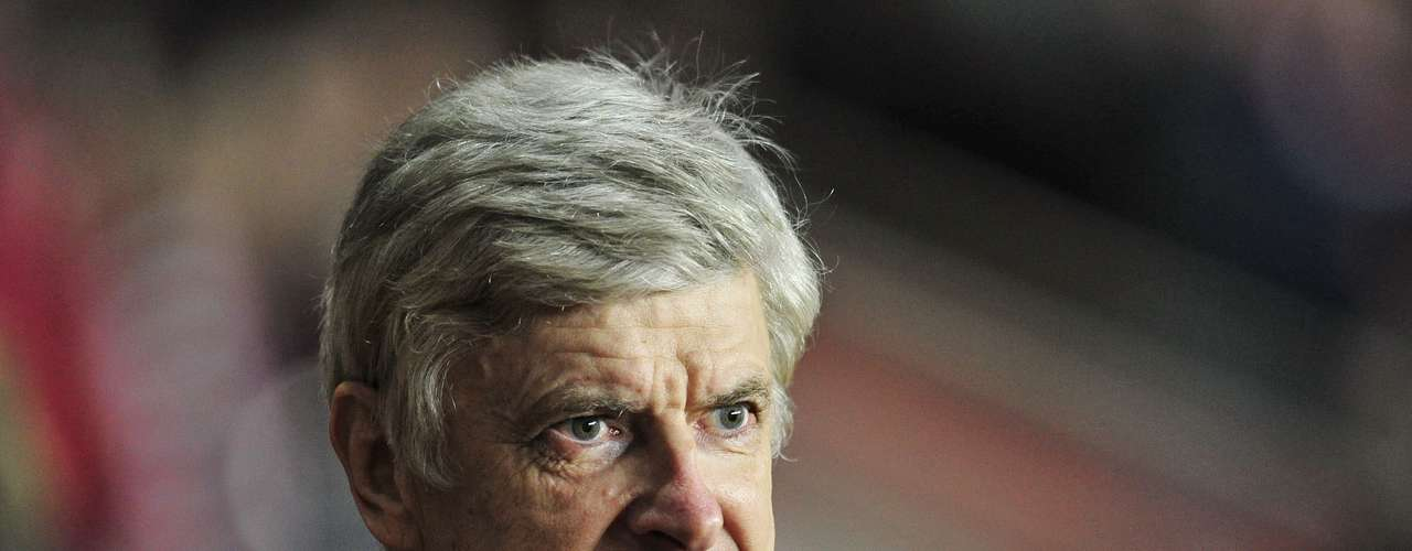 Arsene Wenger may be a legend at Arsenal, but the team is on one of the biggest title droughts in league history an dhis recent transfers have done little to sway the fans.