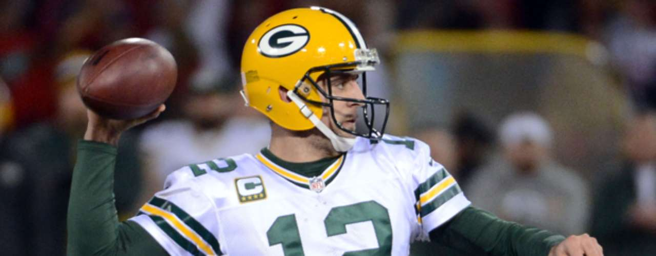 Aaron Rodgers was the latest to take a jab at Manti Te'o in his long awaited return to Twitter.