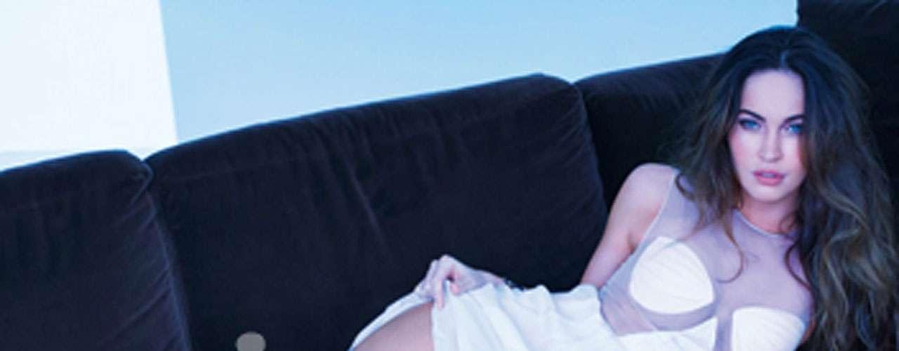 Megan Fox es la portada del mes de febrero de la revista Squire, edición para la que posó dejando un poco a la imaginación.