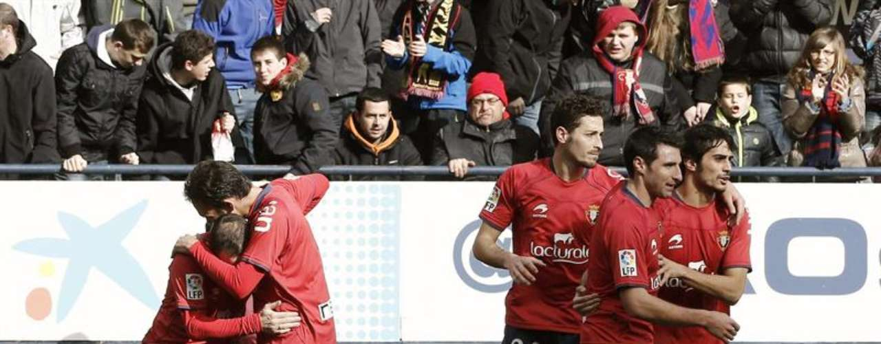 Osasuna came up for air with a 2-1 victory against Deportivo La Coruña.