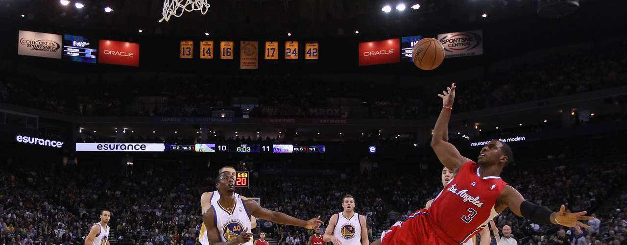 El mejor de los ganadores fue Stephen Curry con 28 puntos, seis asistencias y tres rebotes, por los Clippers el mejor anotador fue Blake Griffin con 26 puntos y 13 rebotes.