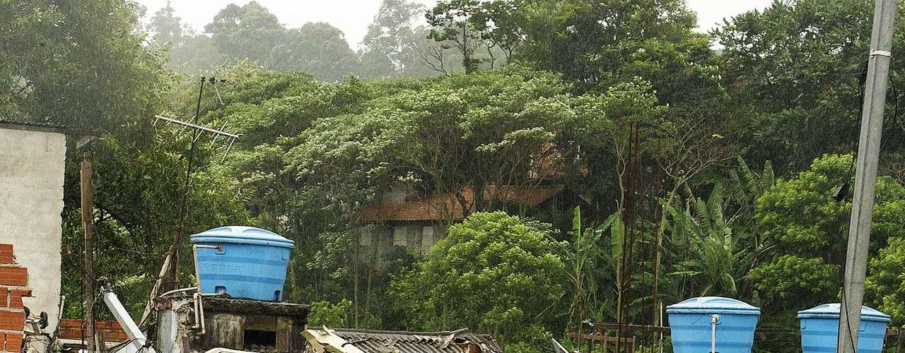 La Alcaldía de São Paulo confirmó que el helicóptero que cayó en Jaraguá, estaba a su servicio.