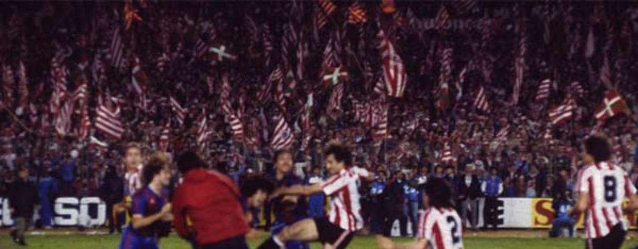 Athletic de Bilbao es el segundo cuadro más laureado en este torneo, con 23 títulos; el último, en 1984, protagonizando una batalla campal ante el Barcelona.
