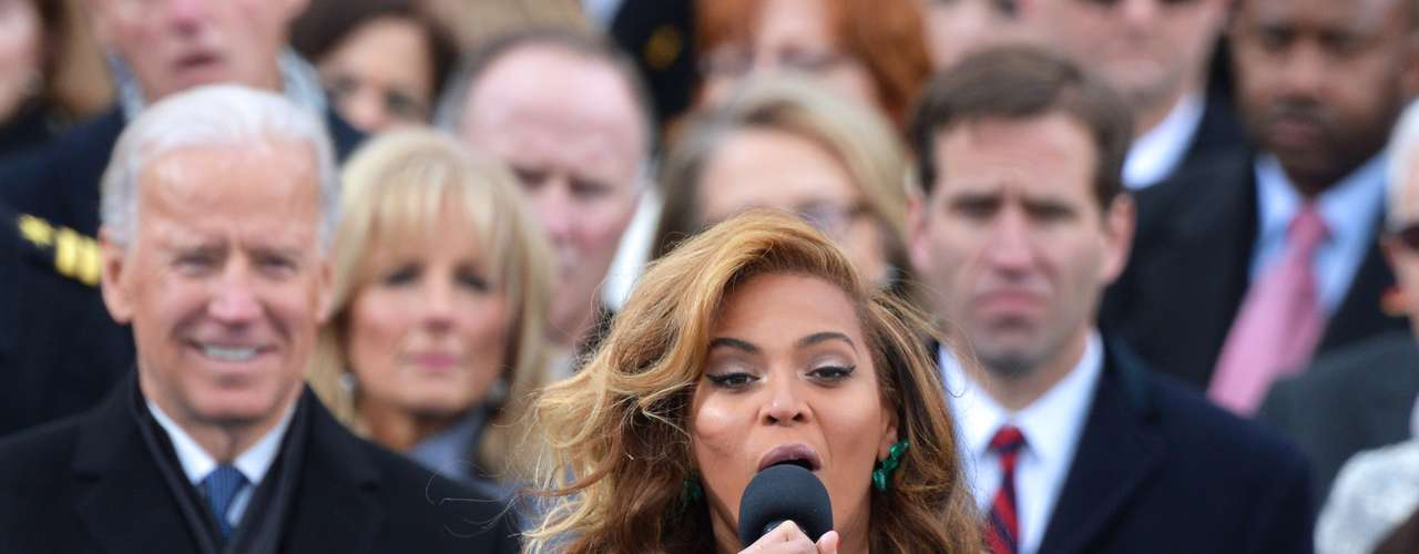 Beyoncé also sang the national anthem, The Star-Spangled Banner.