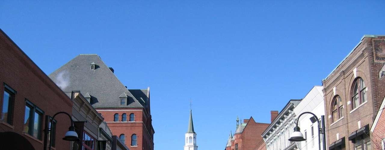 Burlington, Vermont: En esta bella ciudad, caminar es la actividad principal. Aquí las mujeres reportan menos casos de diabetes e infartos. Además muy pocas de las mujeres fuman.