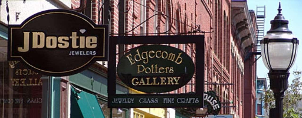 Portland, Maine: Una ciudad muy 'eco-friendly'. Abundan las tiendas de comidas orgánicas y vegan. Aquí las mujeres tienen bajo nivel de estrés y el promedio de mujeres con presión alta, colesterol y diabetes es más bajo que el promedio nacional.