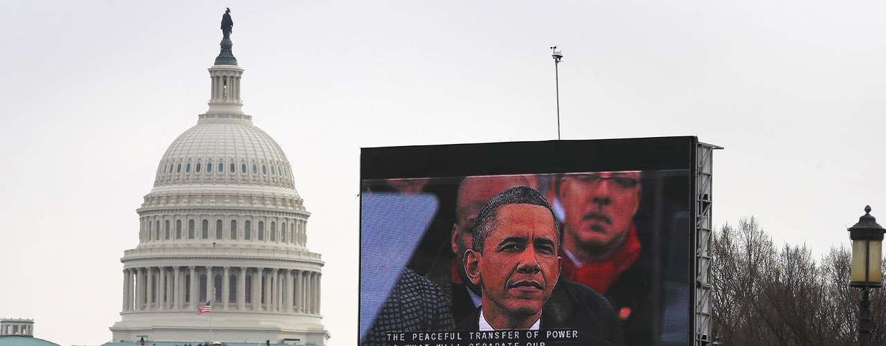 Citizens also were able to follow the ceremony on giant screens in front of the Capitol.