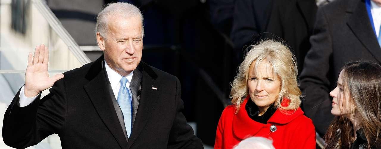 En 2009, el vicepresidente Joe Biden rindió su juramento momentos antes que el presidente Obama.