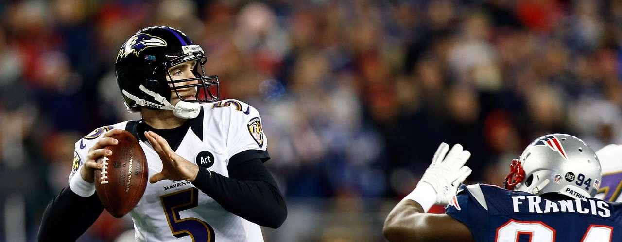Flacco completó dos de sus pases de touchdown con Anquan Boldin y uno con Dennis Pitta para que los Ravens superaran 21-0 a los Patriots durante la segunda mitad. La defensiva de Baltimore provocó que Brady no luciera y obstaculizó a la mejor ofensiva de la liga. Brady tenía foja de 67-0 en casa, cuando llevaba ventaja al medio tiempo.