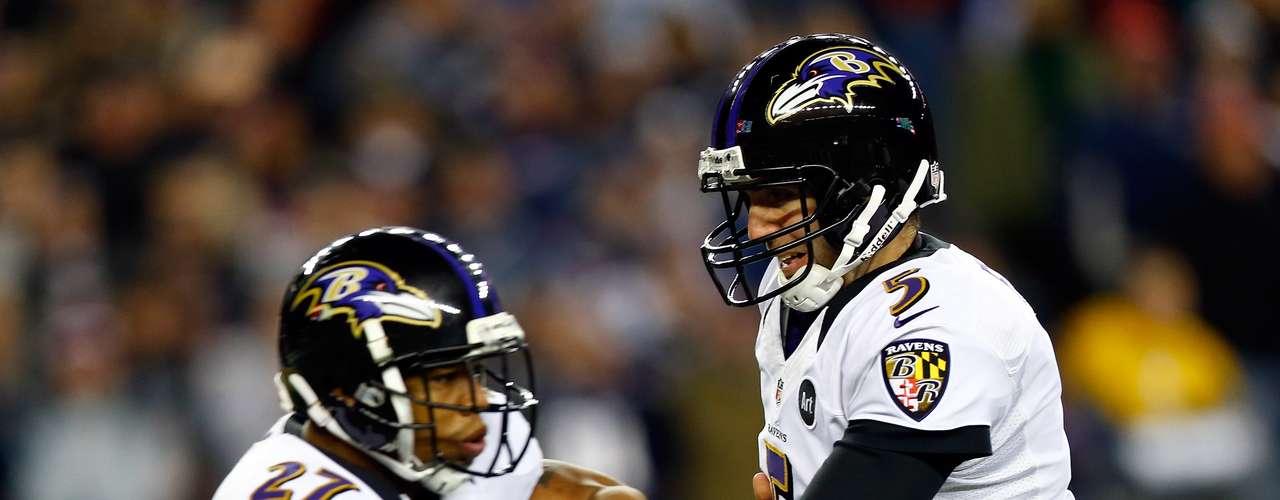 Los Ravens realizaron patada de despeje en sus tres primeras posesiones en el primer cuarto. Los Patriots lo hicieron en tres de sus cuatro series ofensivas, obligando a Baltimore a iniciar en la profundidad de su territorio.