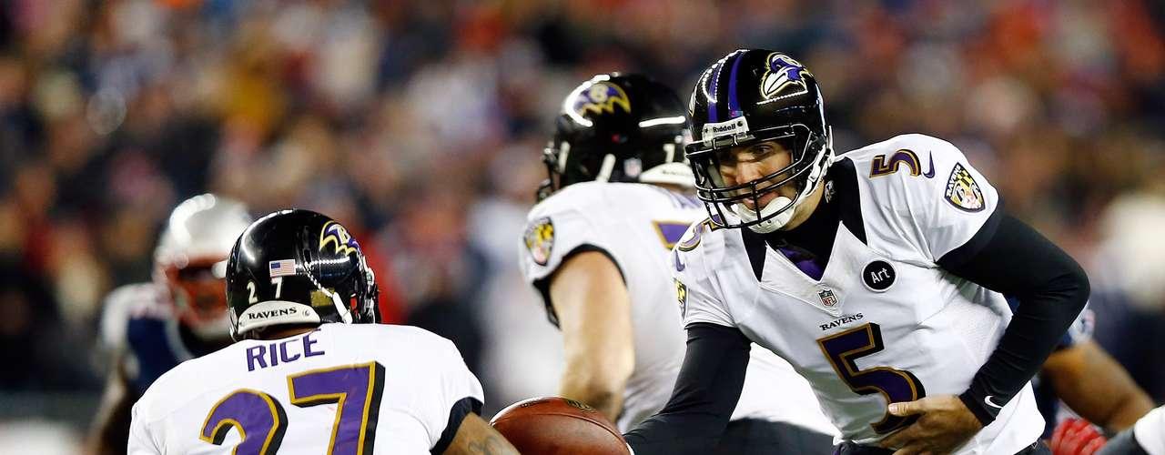 Los Ravens (13-6) ganaron apenas 130 yardas en la primera mitad antes de que Flacco los guiara a anotaciones en series ofensivas de 87 y 63 yardas.