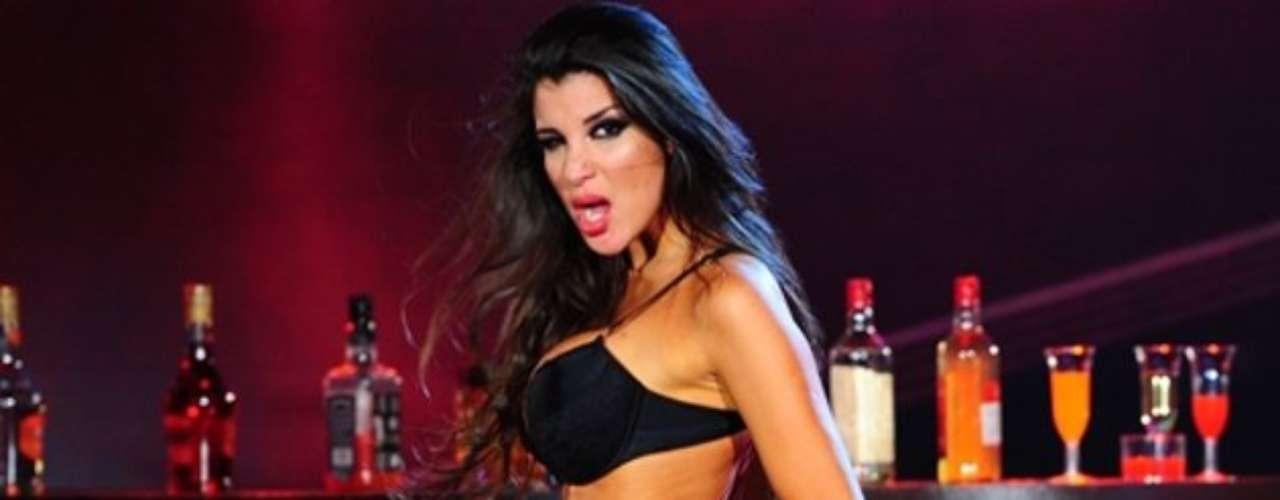 Sorprendieron por lo impensado del romance, pero lo cierto es que la vedette Andrea Rincón y Ale Sergi, cantante y líder de Miranda! están juntos y le muestran su amor a todo el mundo. Te mostramos la imágenes de la flamante pareja