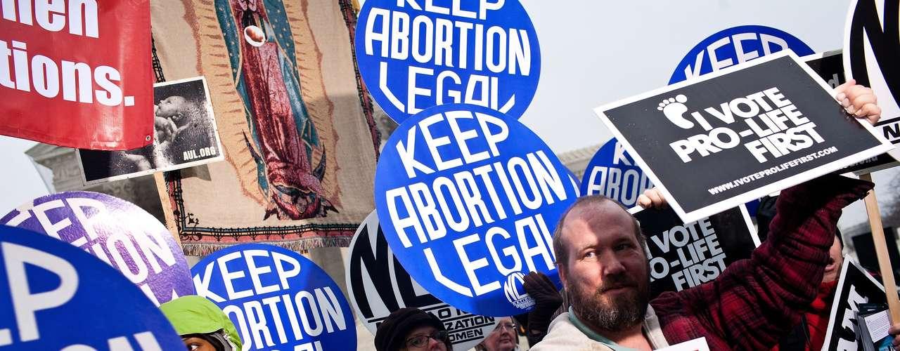 La ACLU y otros grupos de derecho al aborto desafían a varias de las leyes, particularmente la referida a la prohibición del aborto después de 20 semanas. Sin embargo, ya este año líderes republicanos en Texas, Mississippi y otros lugares hablan sobre nuevos esfuerzos legislativos para restringir el aborto.