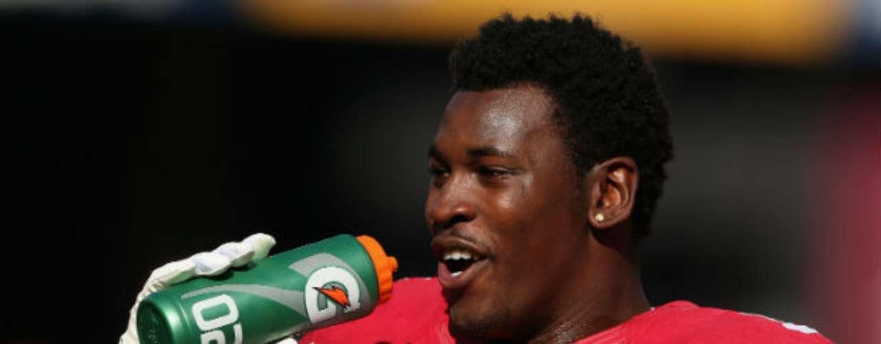 Otro de los grandes defensivos de los San Francisco 49ers es Aldon Smith. El linebacker, de la sangre nueva del cuadro californiano, cubre mucho terreno y es complicado dejarlo fuera en cada jugada.