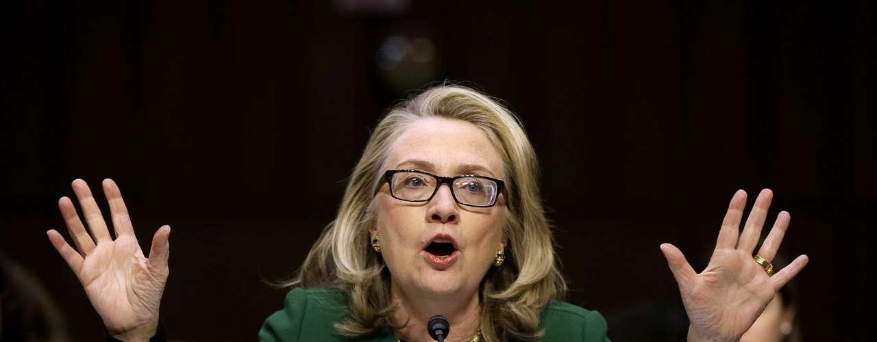 Clinton enfatizó durante su discurso que ella está comprometida con la seguridad de Estados Unidos y del personal diplomático.