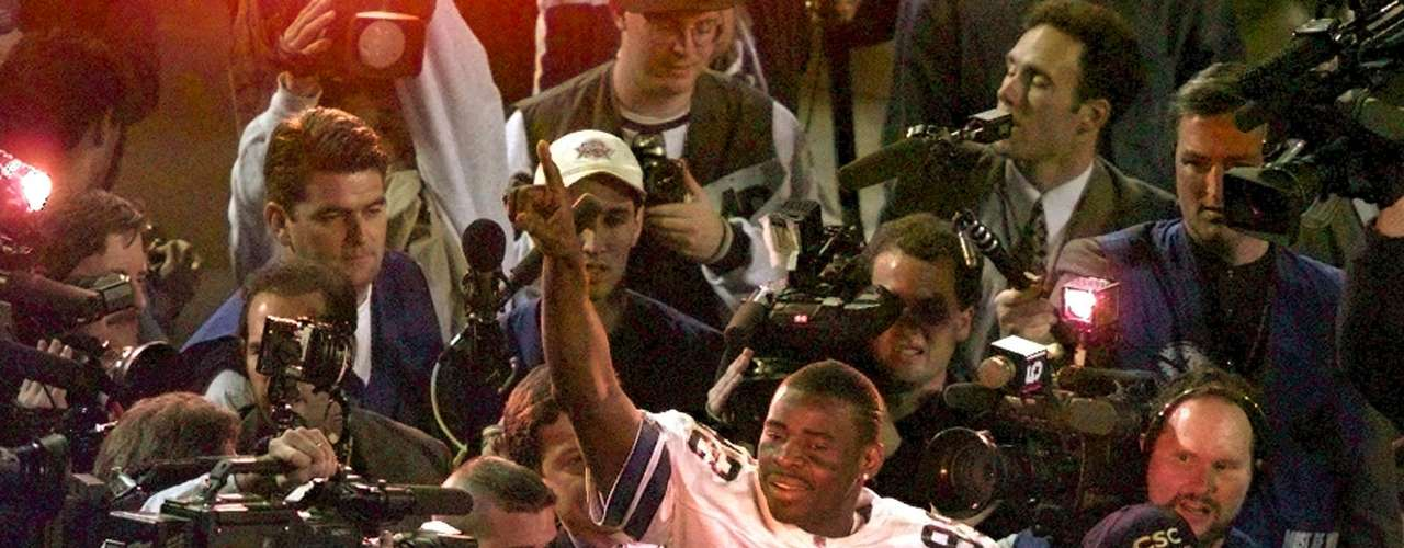 Los Cowboys de Dallas fueron liderados por su tripleta ofensiva de Troy Aikman, Smith y Michael Irvin Emmit.