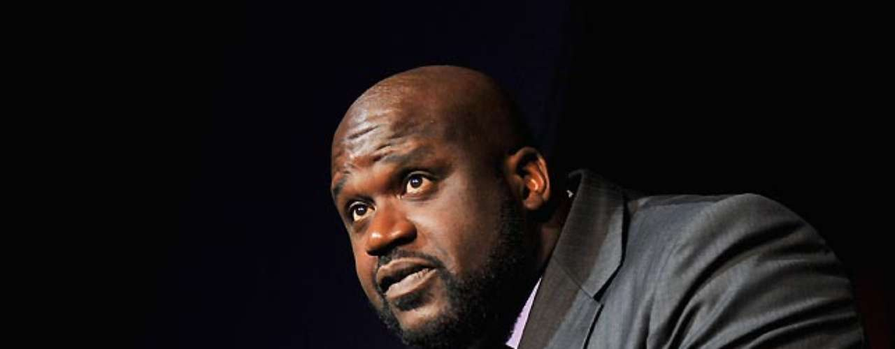 Shaquille O'Neal tweeted that Stephens is now a 'legend' in her own right.