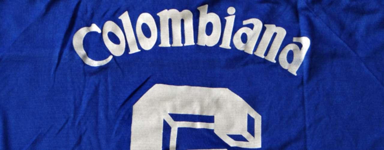 Camiseta marca Torino utilizada durante la consecución de la estrella 13 en 1988