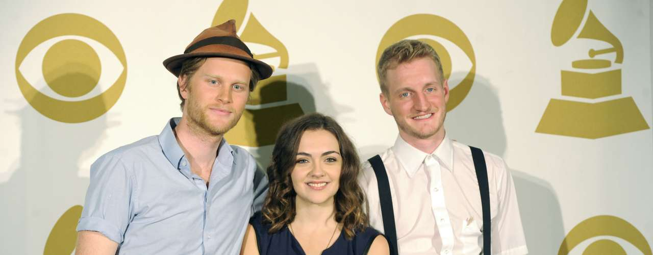 Best New Artist nominees the Lumineers will be too performing.