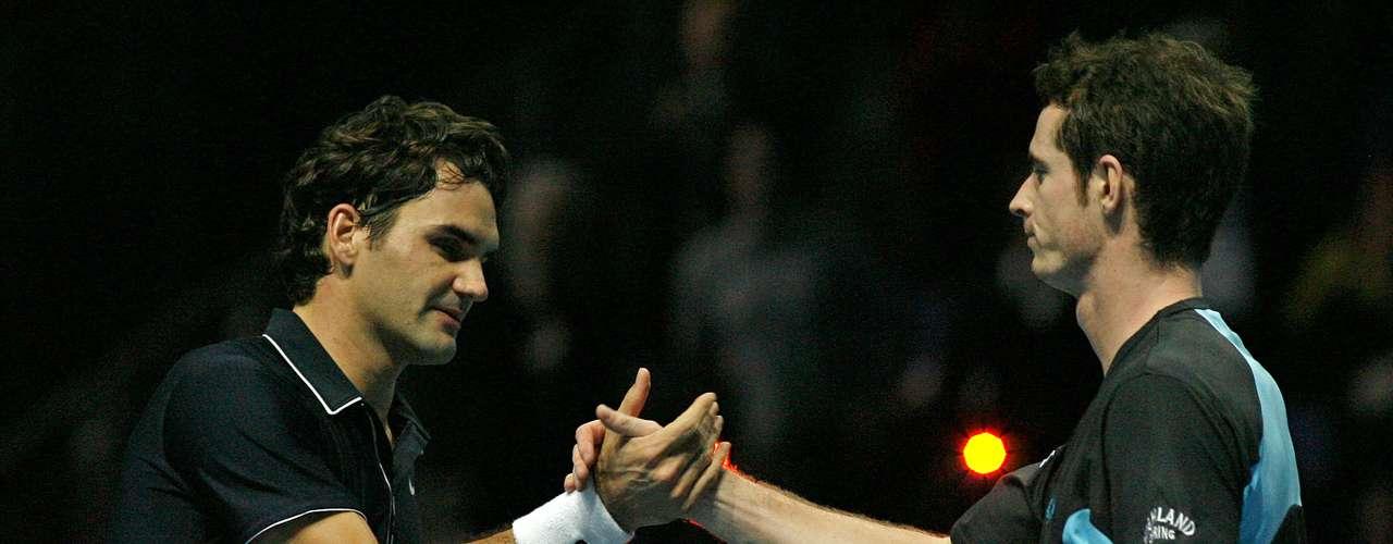 Las Finales de la ATP vieron a Roger derrotar a Andy en el round robin (todos contra todos). Federer 3-6, 6-3 y 6-1 Murray.