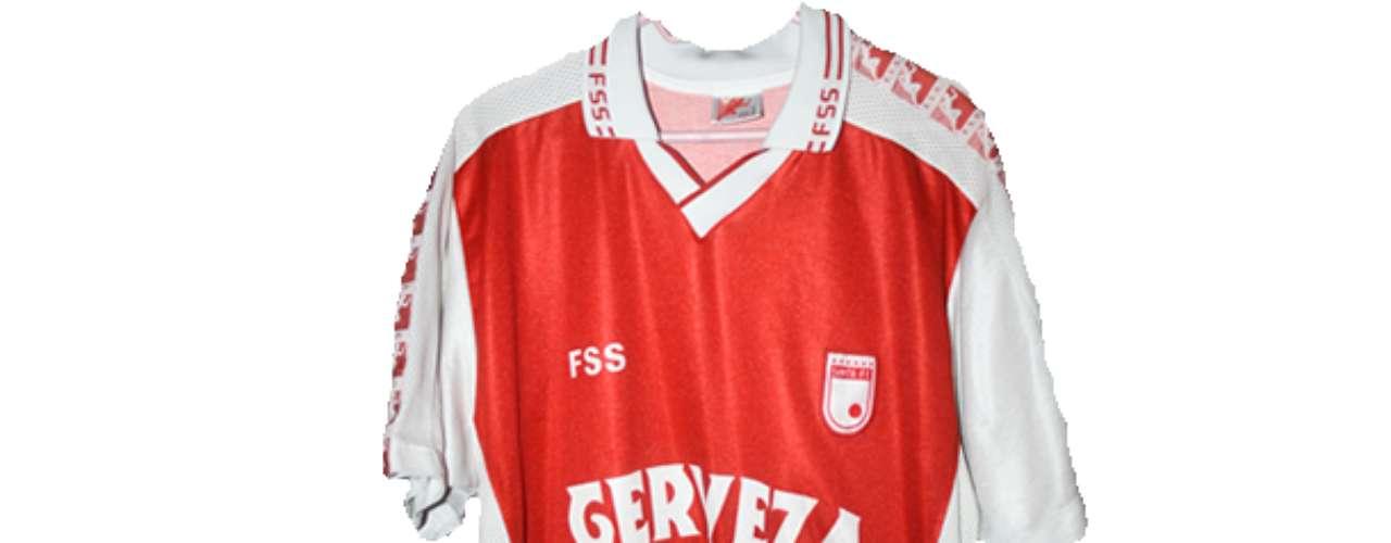 Camiseta de Independiente Santa Fe en año 2000