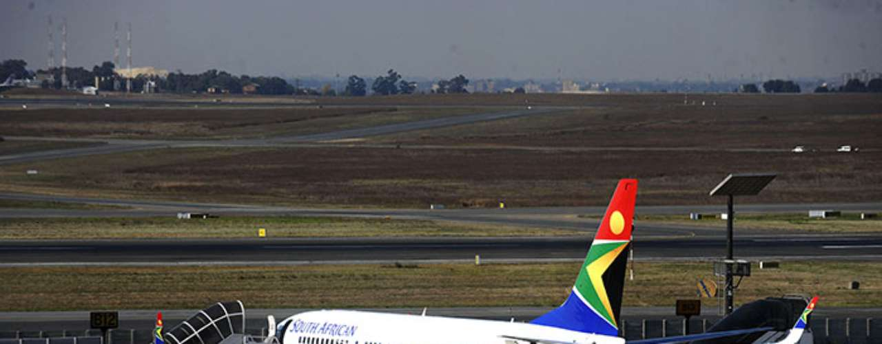 The South African airline, South African Airways, had one lost fuselage (main part of the plane) and 159 deaths.