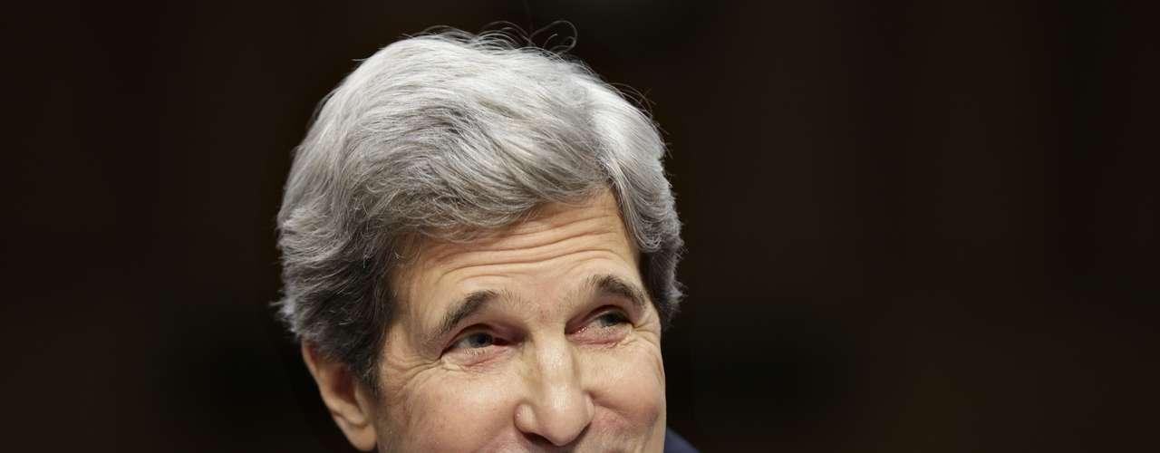 LOS QUE LLEGAN: John Kerry, quien fuera candidato demócrata a la presidencia en 2004 y presidente del Comité de Relaciones Exteriores del Senado, fue nominado para reemplazar a Hillary Clinton al frente del Departamento de Estado. Su postulación está condicionada a la confirmación del Senado.