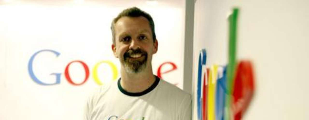 Lars Rasmussen era el ingeniero principal de Google, el cual inventó Google Maps y Google Wave. En el 2011 dio un paso al costado y se fue a trabajar con otra empresa de las llamadas gigantes: Facebook.