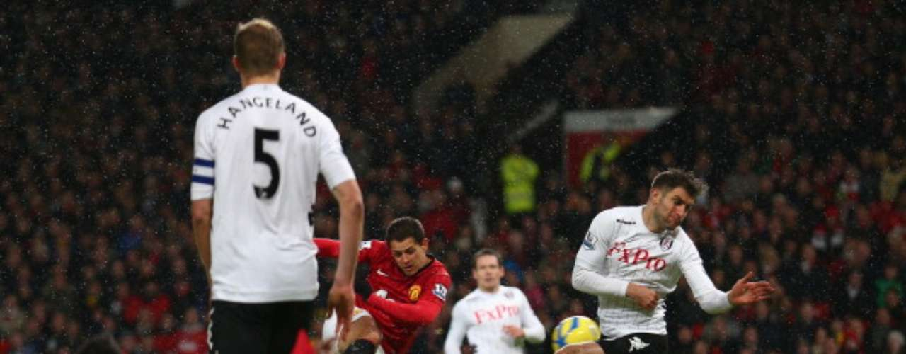 Chicharito' Hernández scored the third in the 52nd minute with a quick strike after a half-turn.