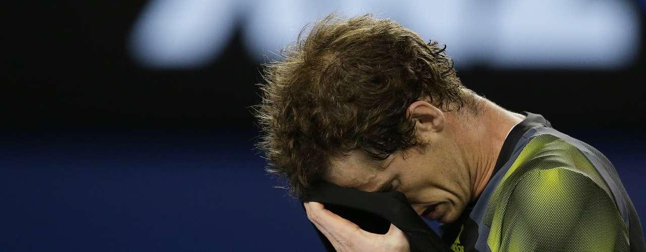 Murray no pudo mantener el ritmo ante el serbio.