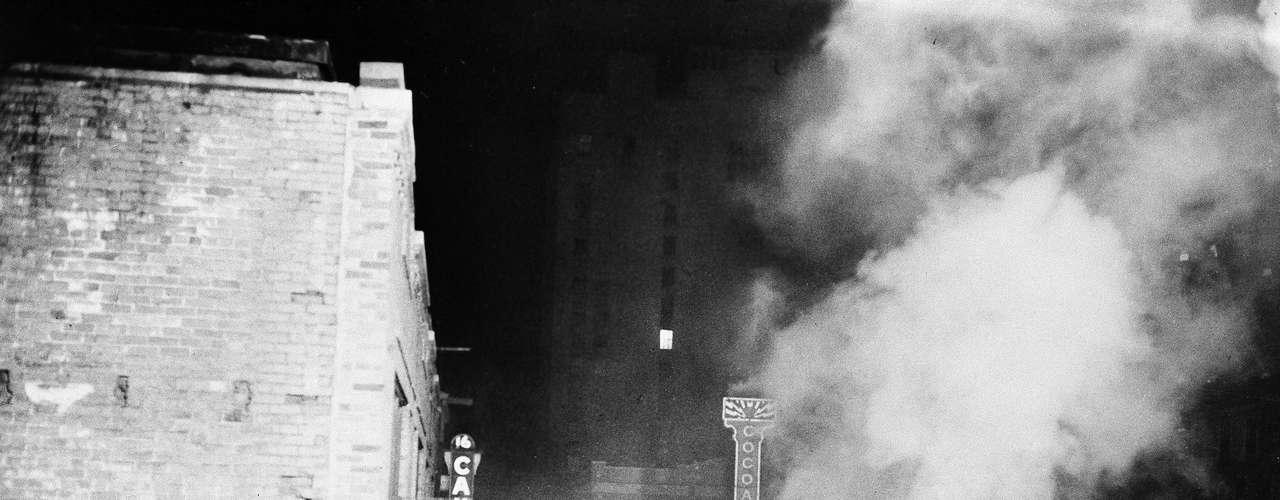 28 noviembre de 1942 - 491 muertos al incendiarse el \